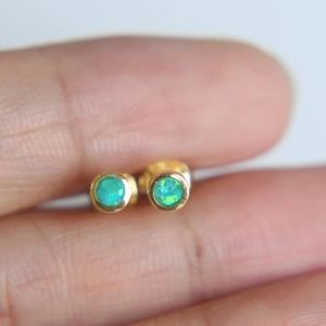 Jewelry - 14k Irodescent Turquoise Opal Earrings Studs